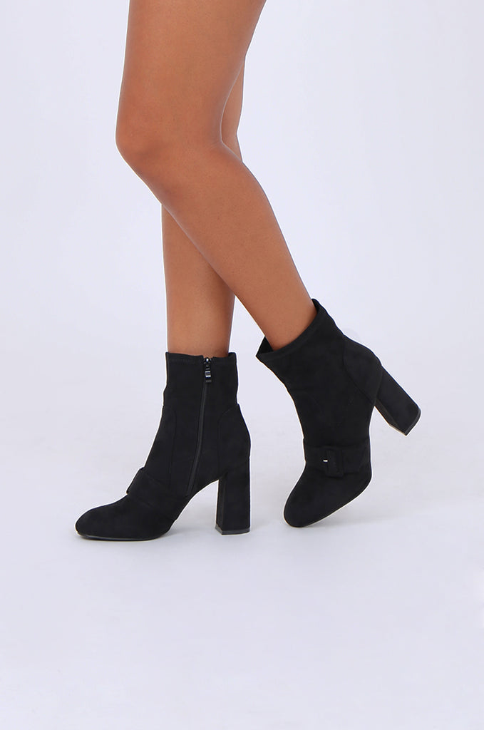 SMY1616-BLACK BUCKLE & STRAP SUEDETTE ANKLE BOOT