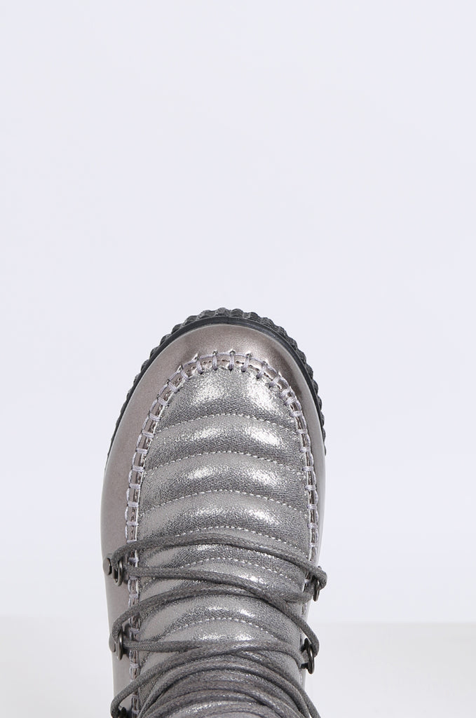 SMY2172-SILVER LACE UP FAUX FUR & METALLIC MOON BOOTS view 3