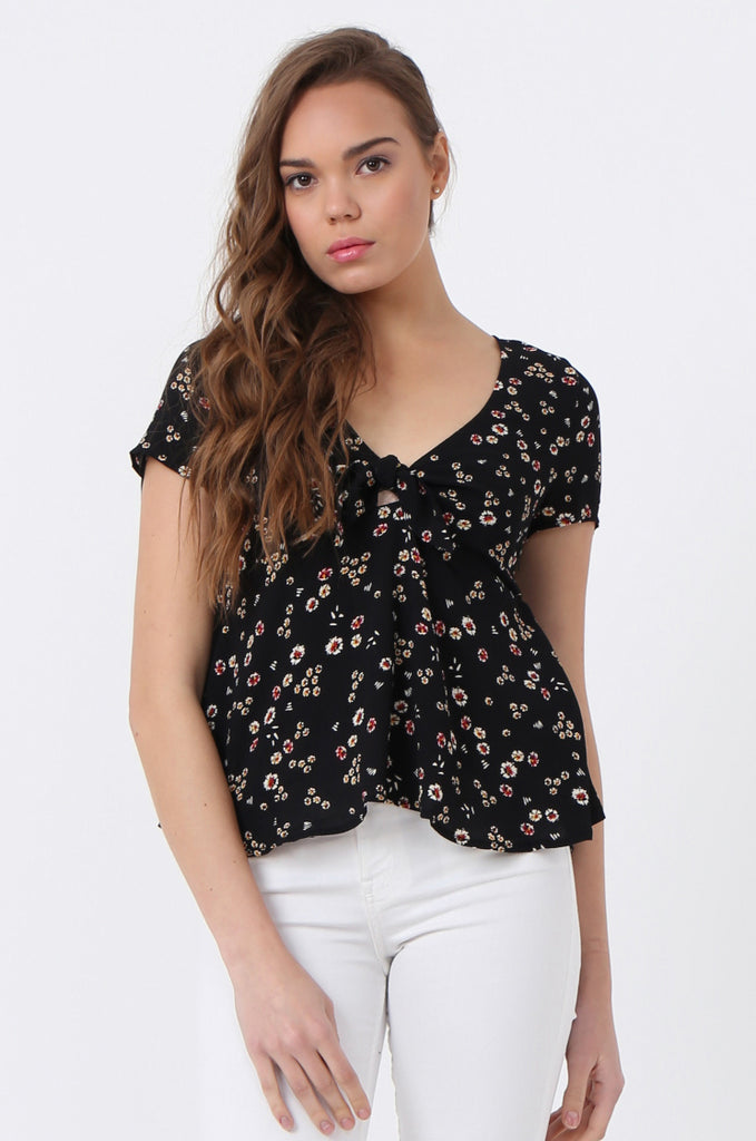 DITZY FLOWER TIE FRONT TOP