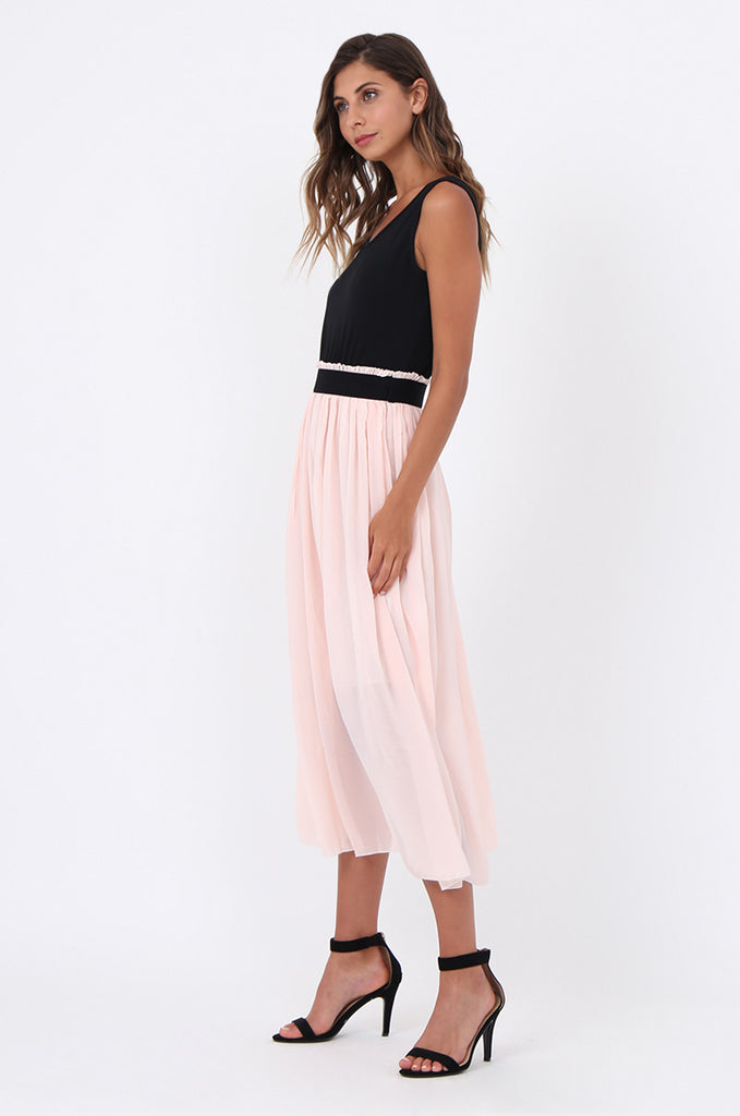 SOY1559-BABY PINK CONTRAST PLEATED MIDI DRESS view 2