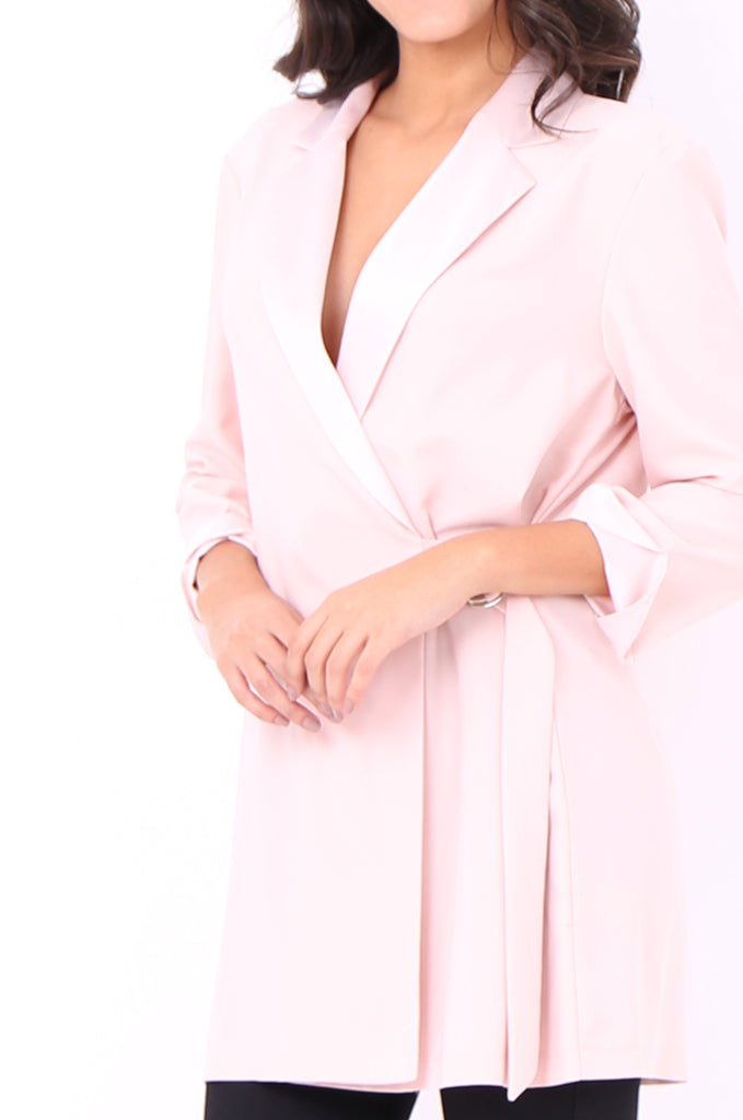 SOY2052-PINK CREPE SATIN COLLAR D-RING TIE SIDE JACKET view 5
