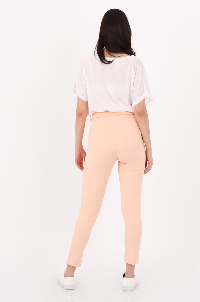 SOY2553-PEACH BELTED CIGARETTE TROUSER view 3