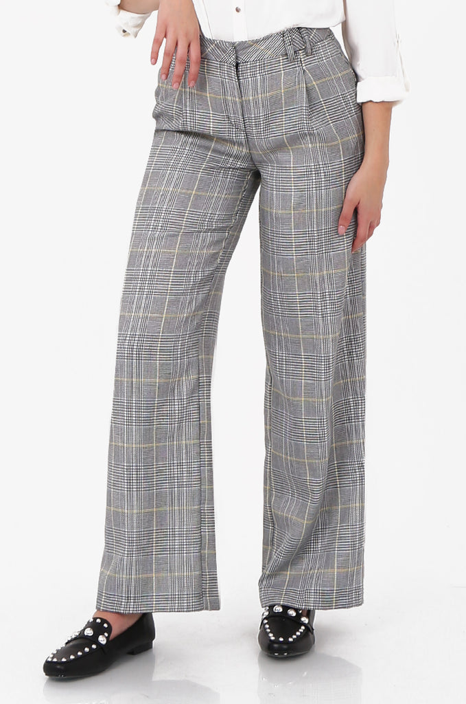 SOY2573-BLACK AND WHITE CHECKED WIDE LEG TROUSER view 4