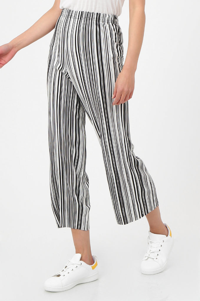 SOY2786-BLACK & WHITE STRIPE MICRO PLEATED WIDE LEG TROUSERS view 4