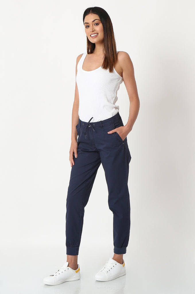 SOY2862-NAVY STRETCH CUFF RELAXED FIT TROUSERS view 2