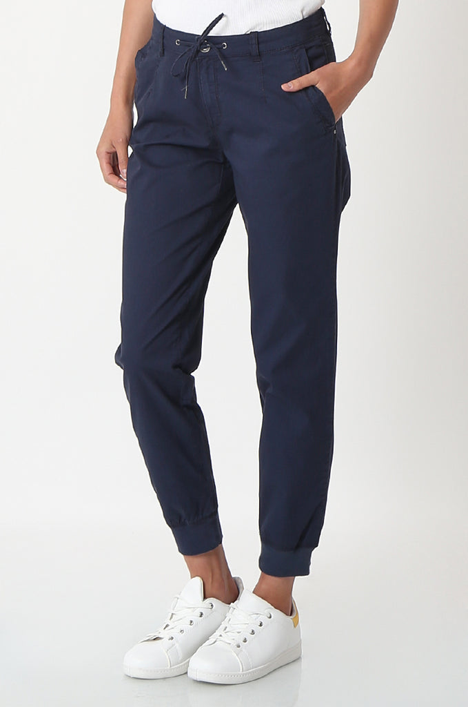 SOY2862-NAVY STRETCH CUFF RELAXED FIT TROUSERS view 4