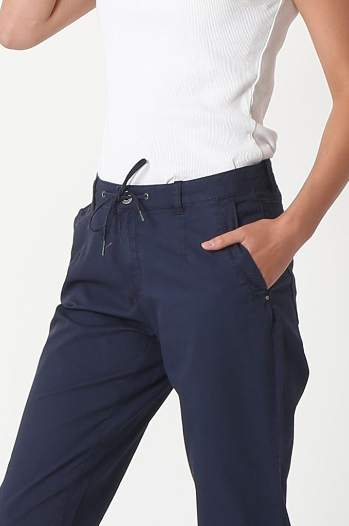 SOY2862-NAVY STRETCH CUFF RELAXED FIT TROUSERS view 5