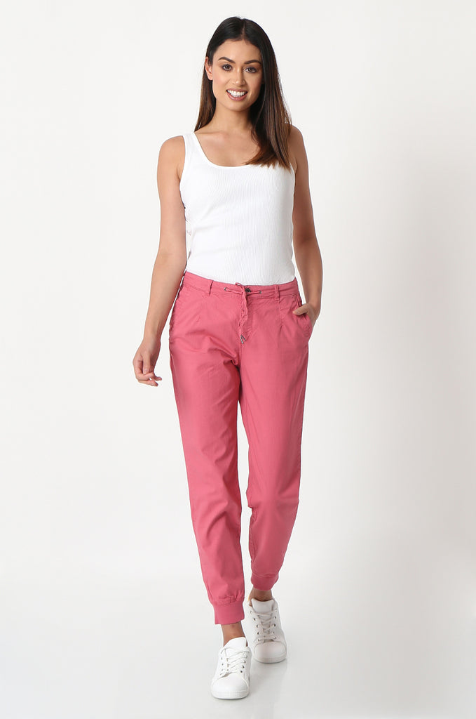 SOY2862-RED STRETCH CUFF RELAXED FIT TROUSERS