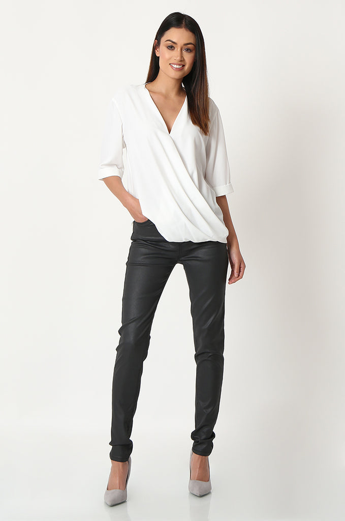 SOY2863-BLACK COATED STRETCH SKINNY JEANS