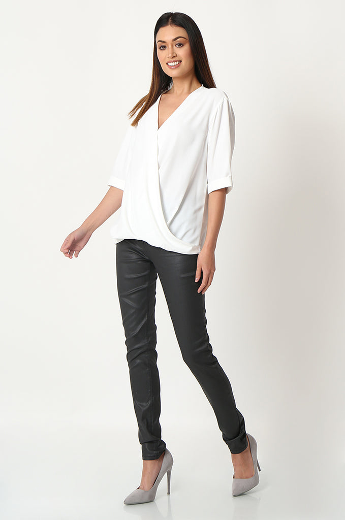 SOY2863-BLACK COATED STRETCH SKINNY JEANS view 2