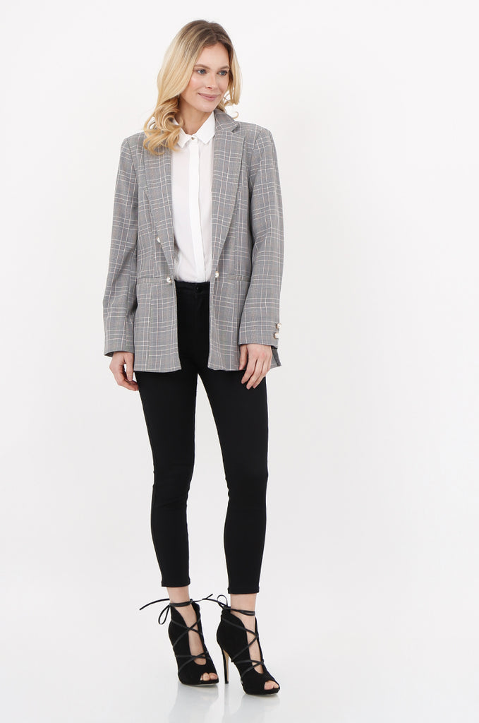 SPD2456-BLACK & WHITE PEARL BUTTON DETAIL CHECK BLAZER view 4