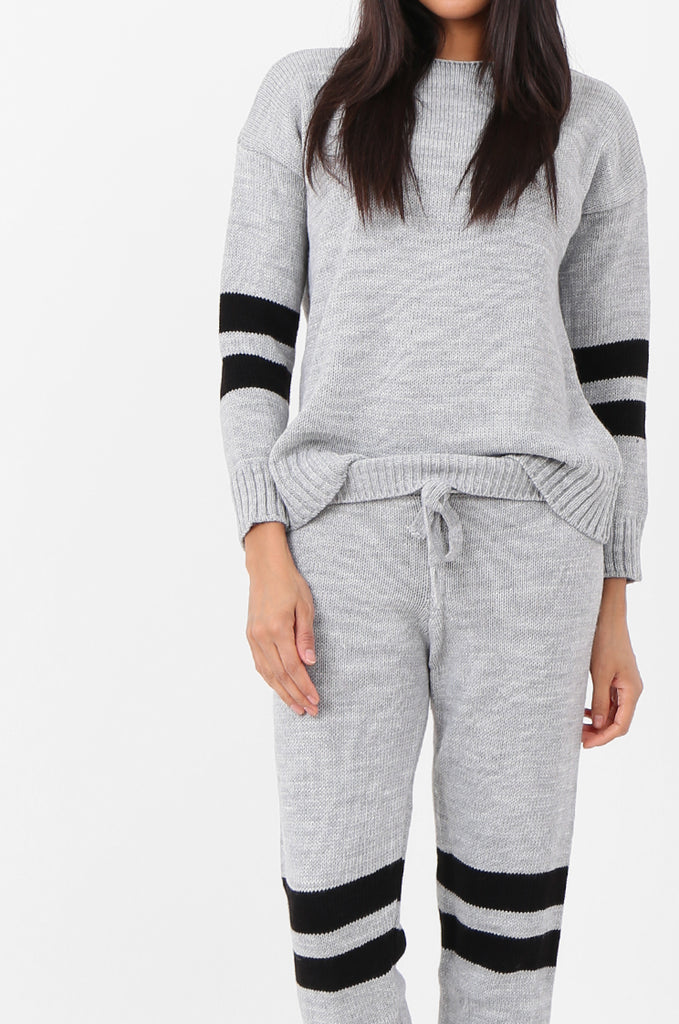 SPS2304-GREY STRIPE KNITTED LOUNGEWEAR SET view 4
