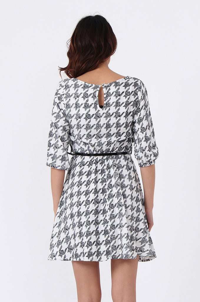 SQC0977-BLACK HOUNDSTOOTH BELTED DRESS view 5