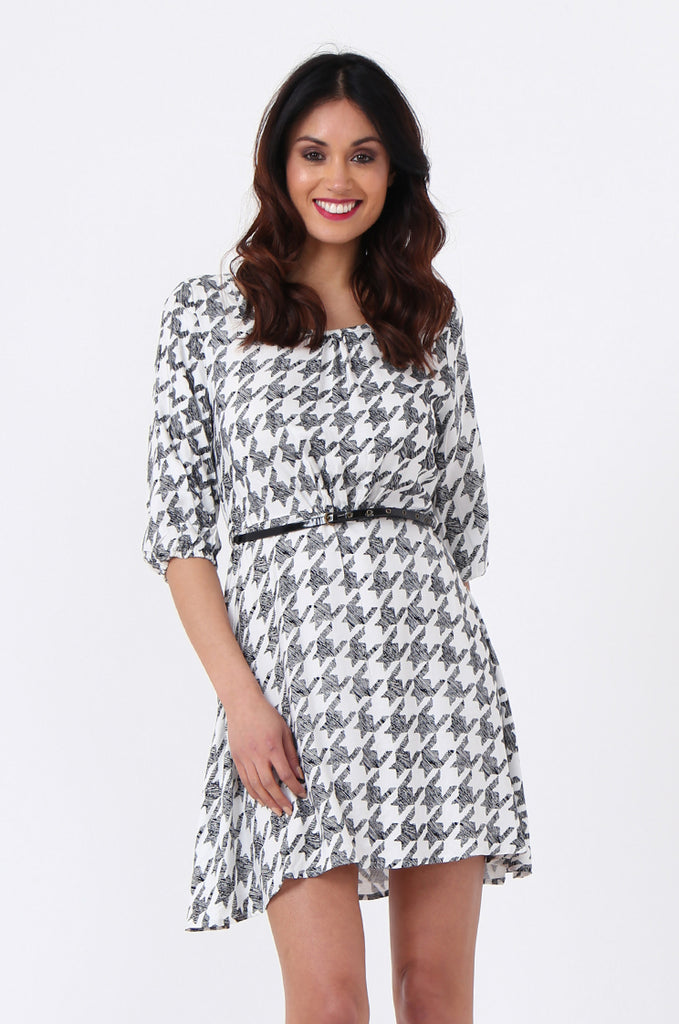SQC0977-BLACK HOUNDSTOOTH BELTED DRESS view 2