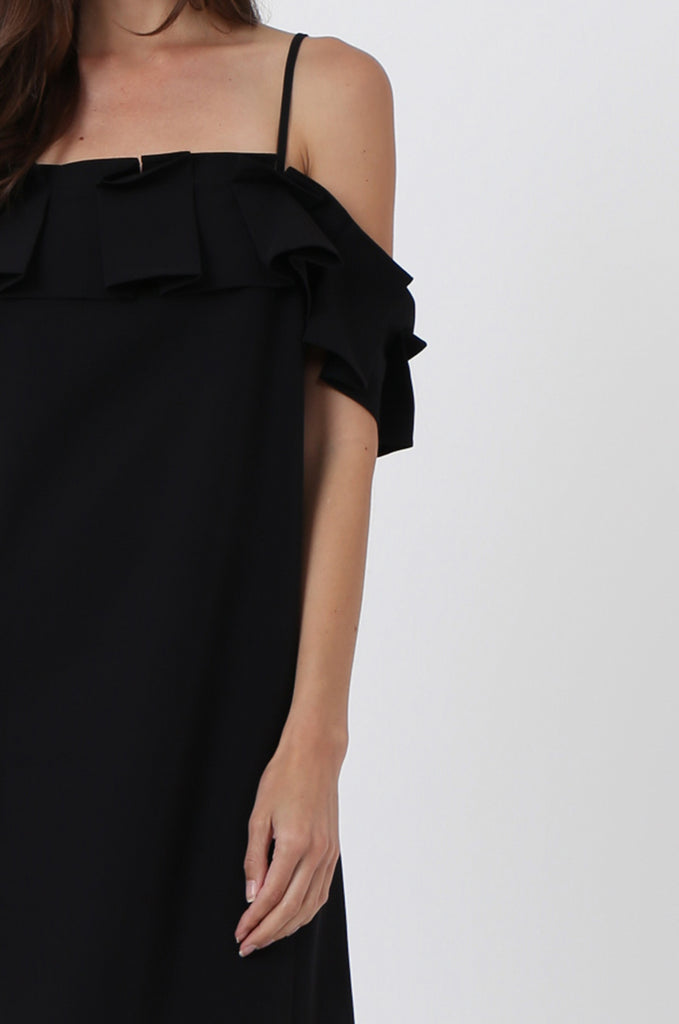 SQC1450-BLACK PLEAT FRONT OFF SHOULDER DRESS view 5