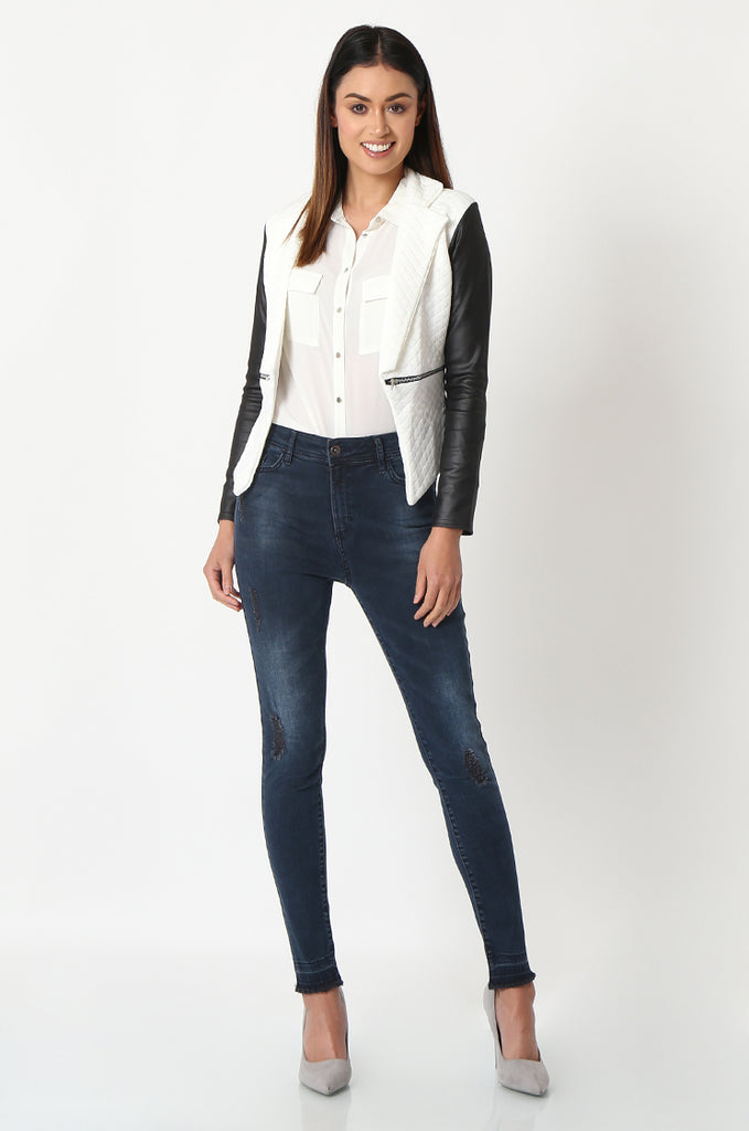 SSW2834-WHITE QUILTED CONTRAST SLEEVE ZIP POCKET BLAZER view 4