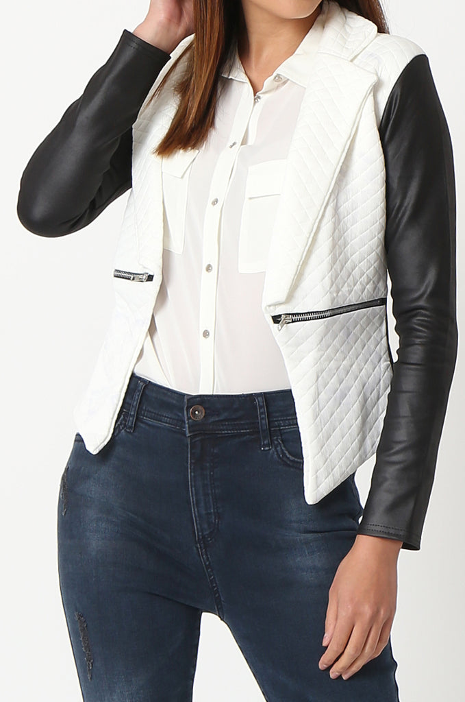 SSW2834-WHITE QUILTED CONTRAST SLEEVE ZIP POCKET BLAZER view 5