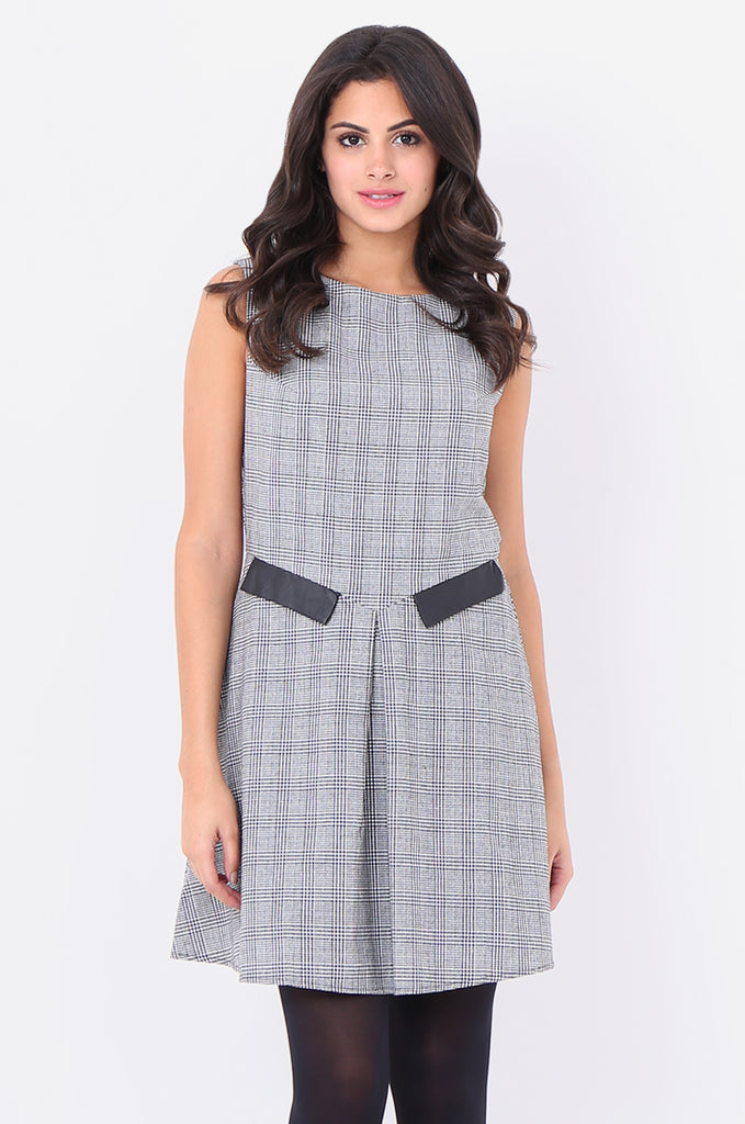ST1303-BLACK HOUNDSTOOTH PLEAT FRONT DRESS view 2
