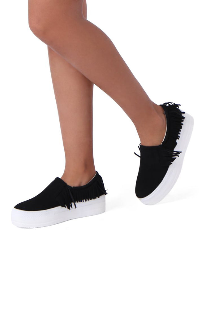 SW0637-BLACK FRINGE SUEDETTE TRAINER view main view