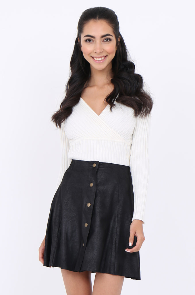 SWS1649-BLACK DISTRESSED POPPER FRONT SKIRT