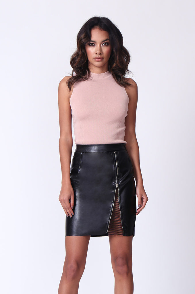SPF0272-BLACK ZIP FRONT LEATHERETTE MINI SKIRT
