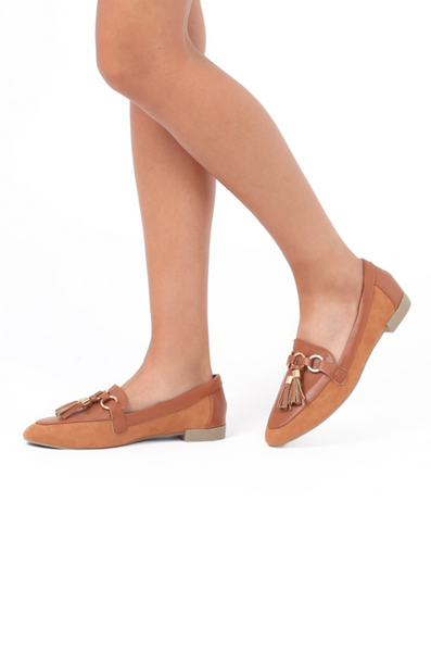 TASSLE LOAFER