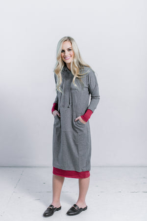 Sweatshirt dress in GREY WITH BURGUNDY TRIM