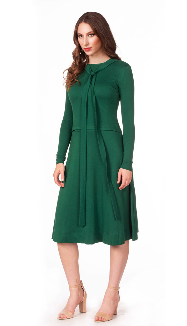 Tie Deluxe Dress - Nursing Friendly Midi - Kelly Green