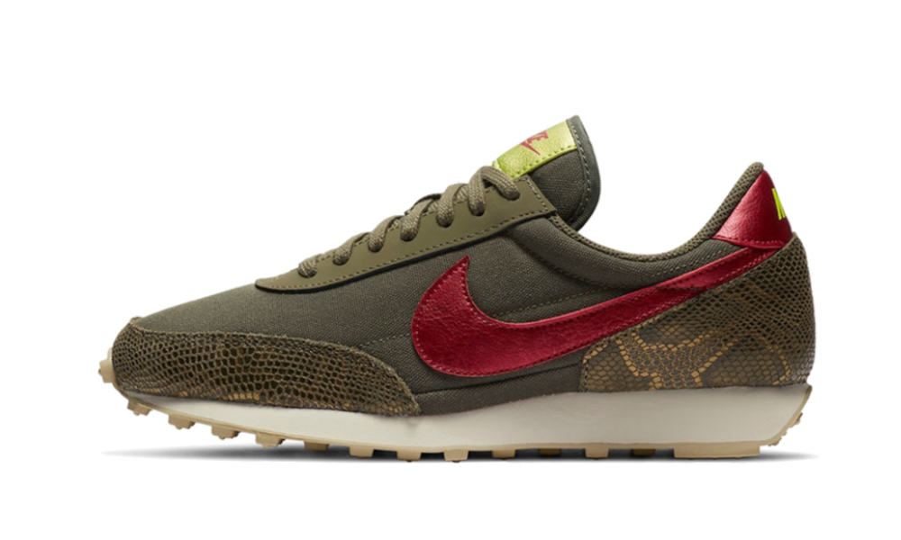 Nike Daybreak Medium Olive Worn Brick - CZ0464-200
