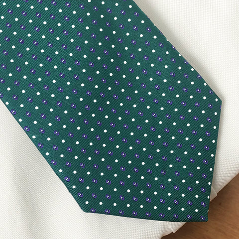 Green Evans tie worn with white shirt
