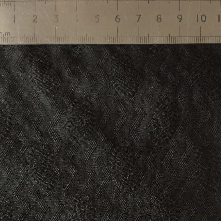008 BLACK PAISLEY AND ZIG-ZAG PATTERN SILK COTTON BLEND FABRIC Made To Order Fabrics Shaun Gordon