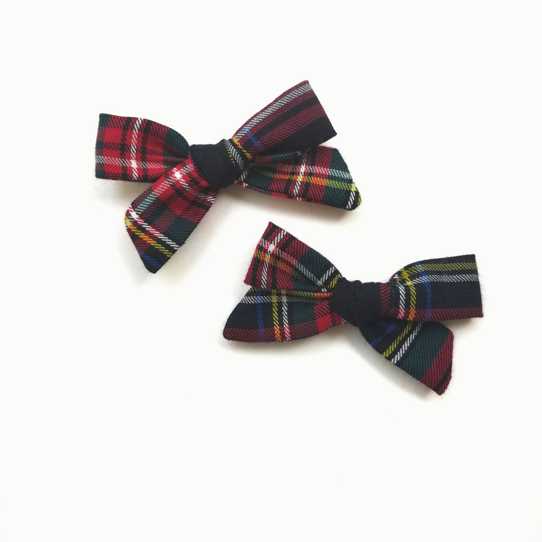 Perfect in Plaid : Schoolgirl bows