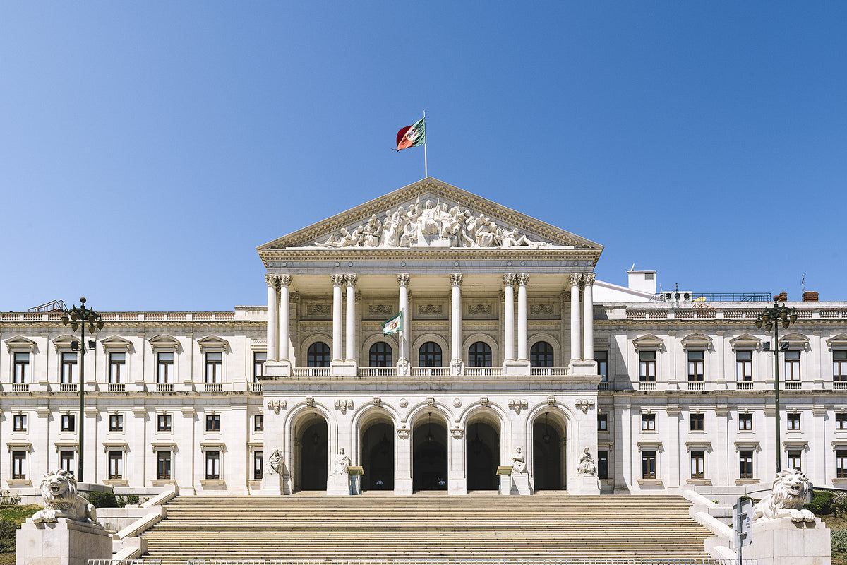 Portugal Government Keeps National Minimum Wage Increase Goal Gpa