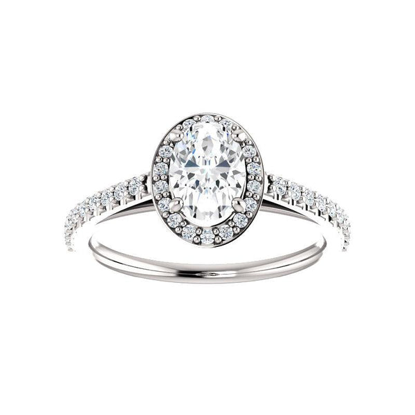The Viva Moissanite Oval