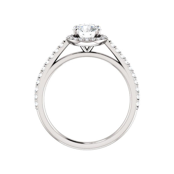 The Viva Moissanite Round