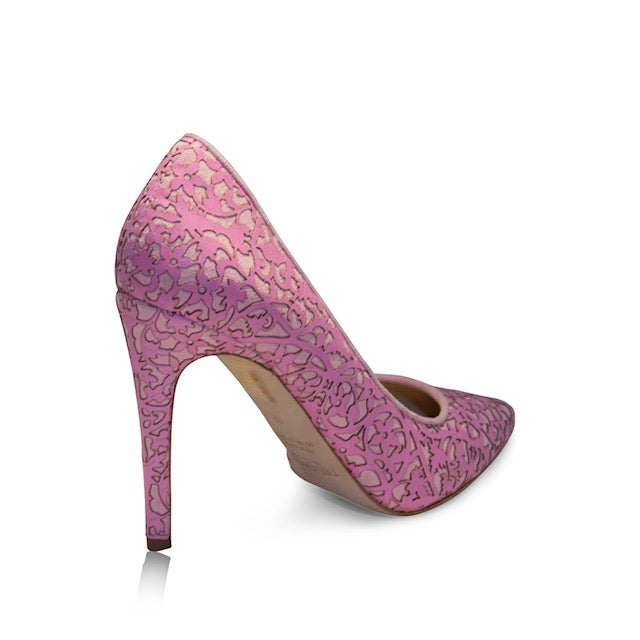 pink pumps with laser design