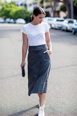 White t-shirt and high waisted skirt - Liam and Co.