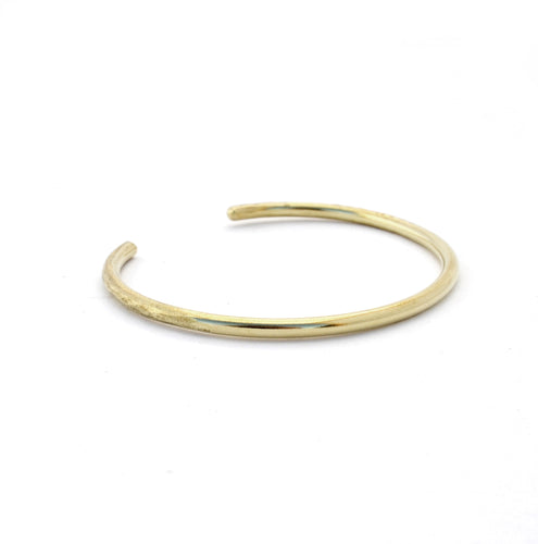 Loved by Elli | Textured Brass Bangle