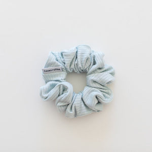 SCRUNCHIE || breeze