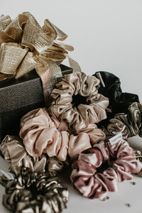 SCRUNCHIE || gold champagne