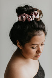 SCRUNCHIE || royal velvet