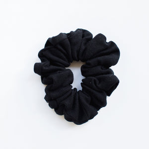 SCRUNCHIE || onyx ribbed