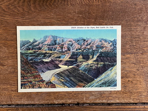 South Dakota Vintage Postcard - Bad Lands National Park