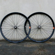 Radiant Disc Alloy Wheelset White Industries CLD Hubs 32h