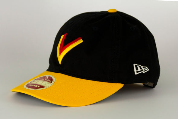 Canucks New Era Heritage Series 950 Flying V Snapback