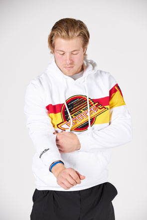 Vancouver Canucks Mens Mitchell & Ness Heritage Skate Hoodie (White)