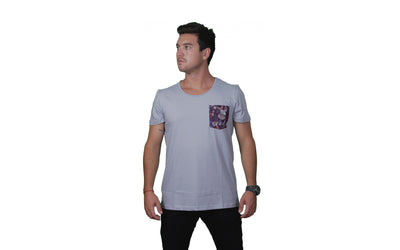 Polera Men´s Pocket Lightblue Orígenes