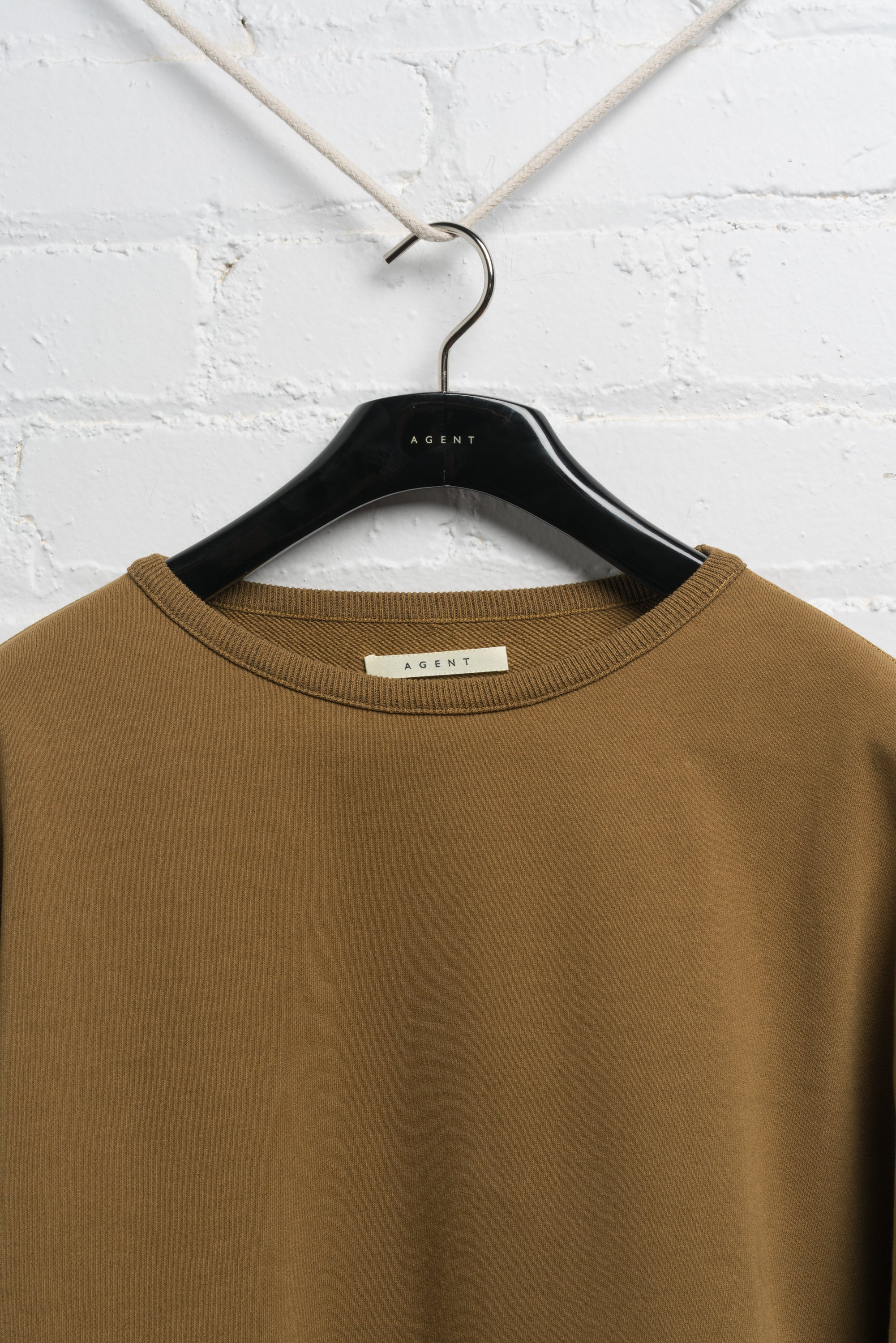 OVERSIZED CREW NECK SWEATER IN HASHISH BROWN