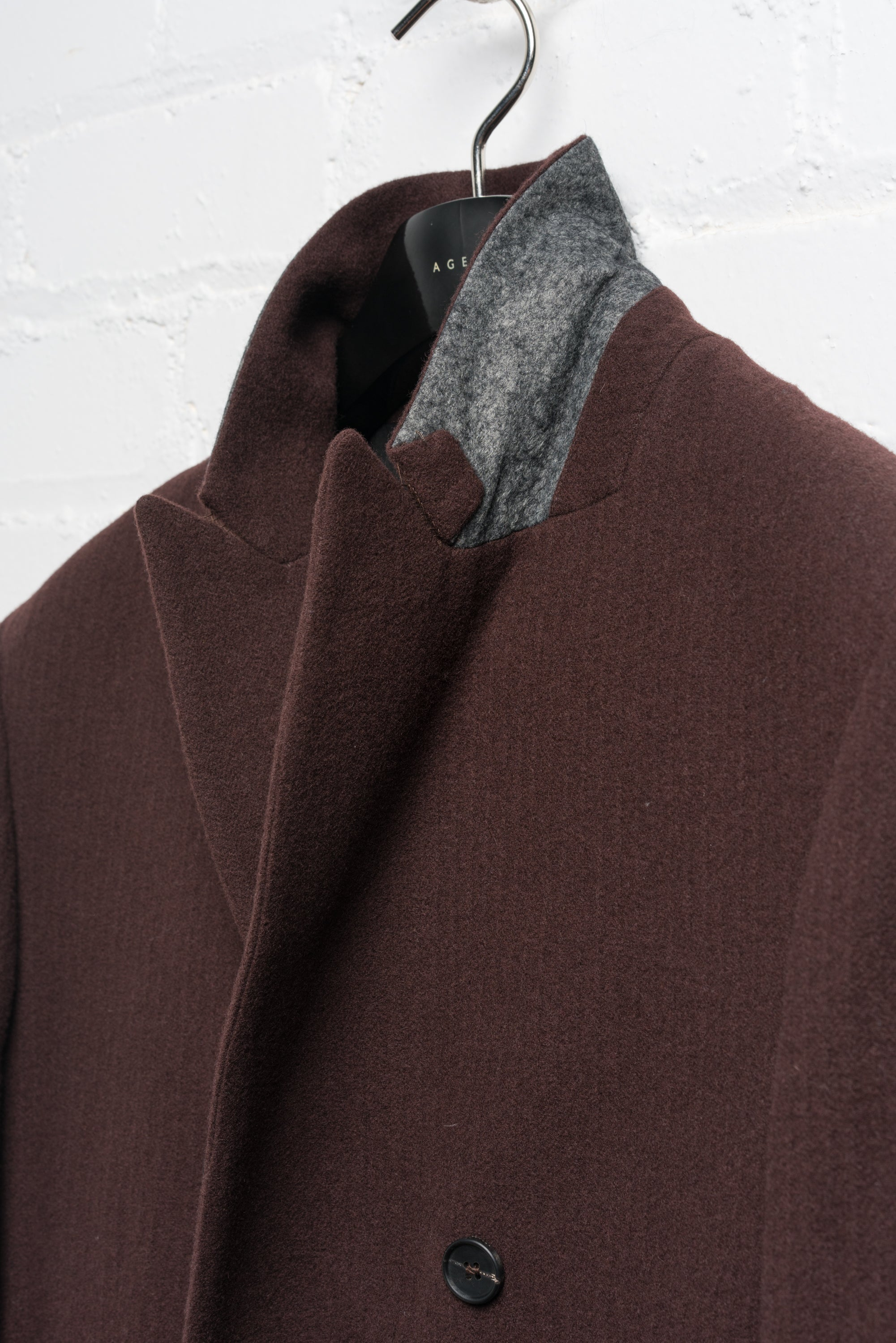 DOUBLE BREASTED WOOL JACKET IN BORDEAUX BRUSHED TWILL