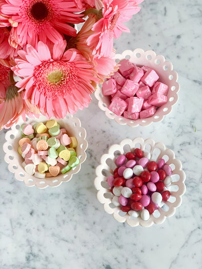 Scalloped Treat Bowls